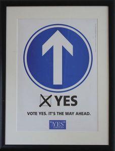 Ein Plakat wirbt für ein Ja zum «Good Friday Agreement». Bild: Wikipedia