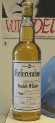 Darf am Donnerstag wieder hervorgeholt werden: Der Referendum Whisky Bild: Eigene Aufnahme